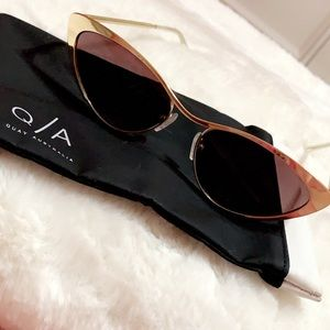 QA Sunglasses